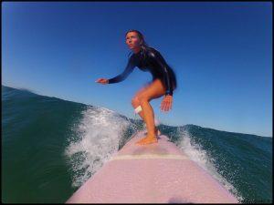 Sonia Surf en action